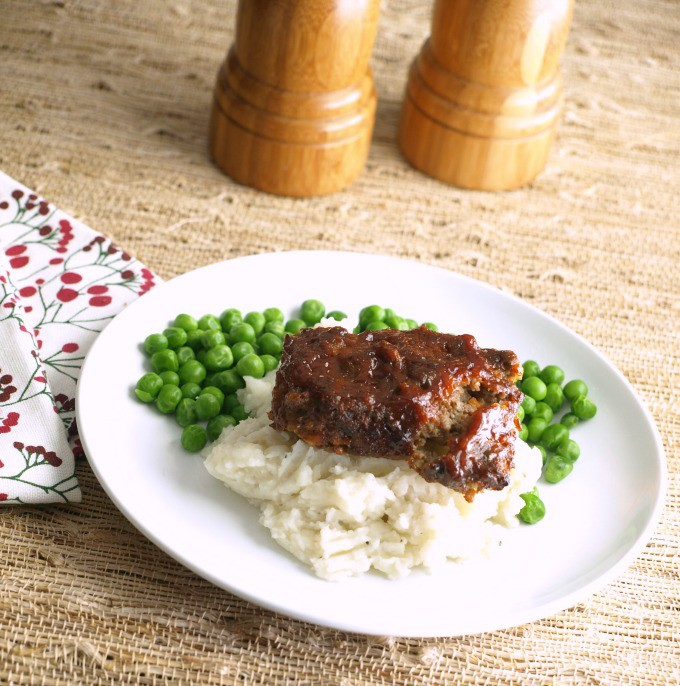 Mini Meatloaves with Barbecue Glaze