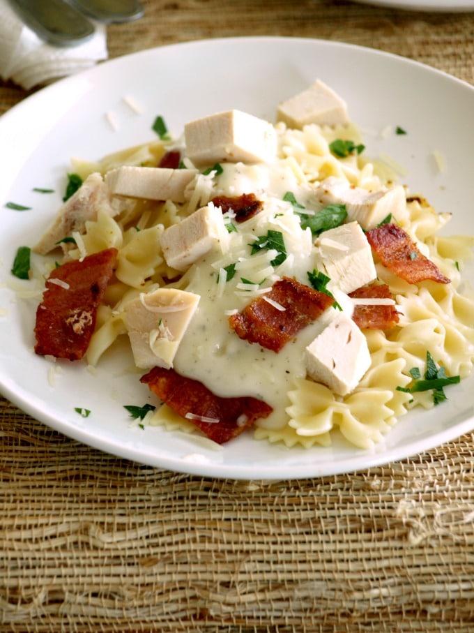 A plate of chicken bacon ranch alfredo