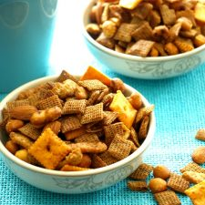 Spicy Snack Mix Full 680px