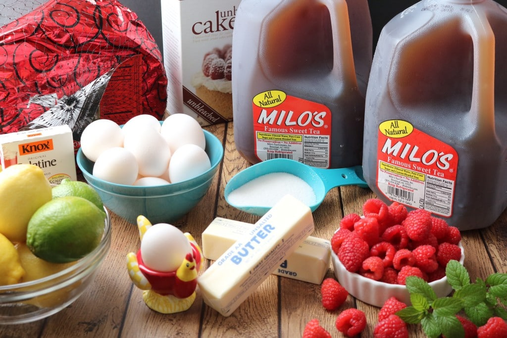 All the ingredients you need to add a Southern twist to any Holiday meal with Milo's Sweet Tea.