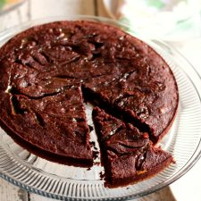 Rich, fudgy and delicious, this Turtle Brownie Pie will satisfy the chocolate lover in your family.