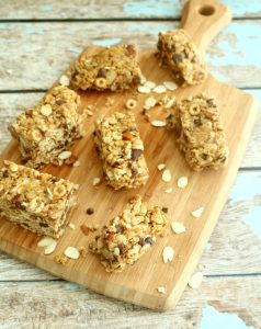 These no-bake granola bars have a sweet, crunchy texture and make a perfect energizing & delicious snack or breakfast bar.