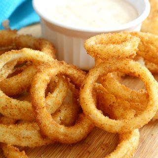 Traditional Diner-Style Onion Rings