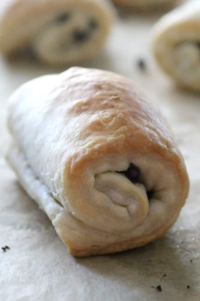 What's better than a Chocolate-Filled Pastry to start the day? The buttery, flaky, pastry dough is filled with rich bittersweet chocolate and then rolled into a crescent and baked to perfection. Good things don't have to be complicated. This Pain au Chocolat is proof.