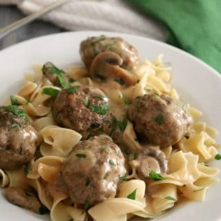 Meatballs Stroganoff is made with a sour cream gravy which is very easy to prepare without the use of canned soups or condensed mixes. MyMeatballs Stroganoff with Sour Cream Gravy Recipe is kid-friendly comfort food and is on the dinner menu tonight!