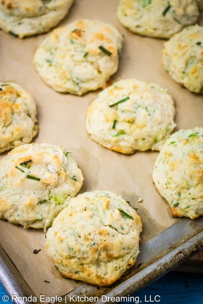 A tray of freshly-baked Garlic Cheddar biscuits.